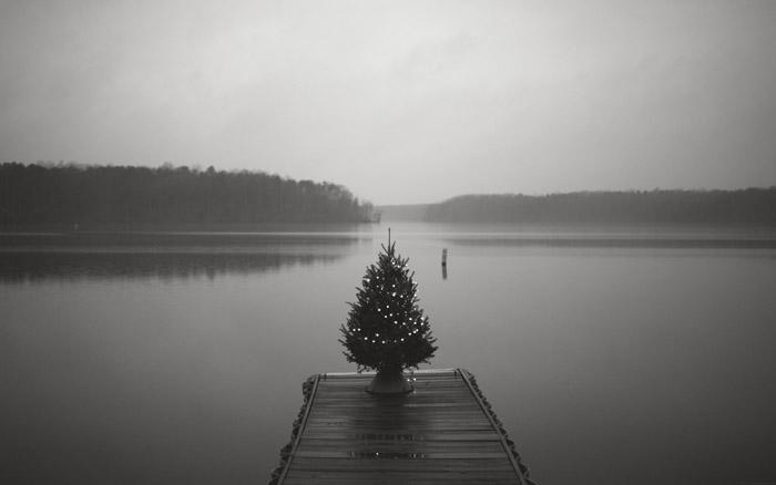 Blue Christmas Mono